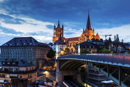 Слика на Швајцарија   5НП - Велигден